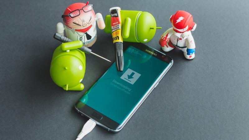 Как переустановить Андроид на телефоне